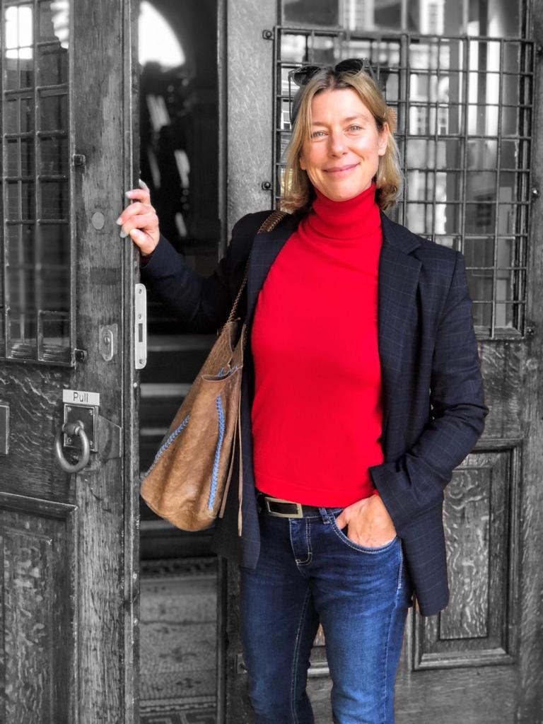 Jane Arnfield