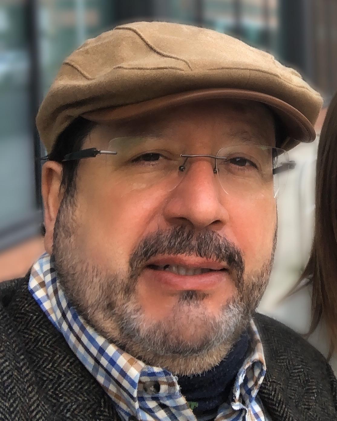 Bernardo Batiz-Lazo