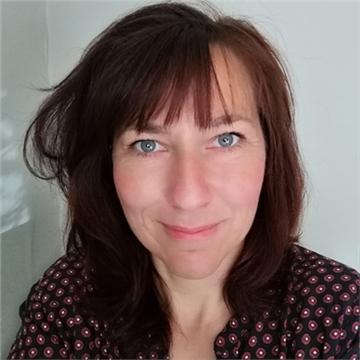 Monique Lhussier